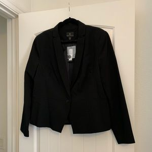NWT black suit jacket/blazer